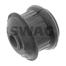 SWAG 32130001 (92601255 / 92601366 / 8A0199419A) опора двигателя