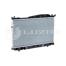 LUZAR LRC05177 (96815277 / 96887352 / 9681527796887352) радиатор охлаждения Chevrolet (Шевроле) epica 06> 1.8 / 2.0 / 2.5 акпп