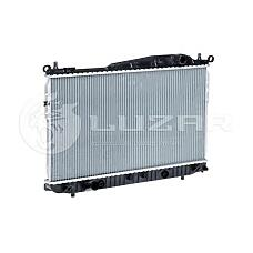LUZAR LRC0576 (96815276 / 96887351 / 9681527696887351) радиатор Chevrolet (Шевроле) epica 06> 1.8 / 2.0 / 2.5 mкпп